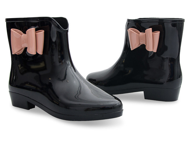 Czarne sandały na słupku Dorothy