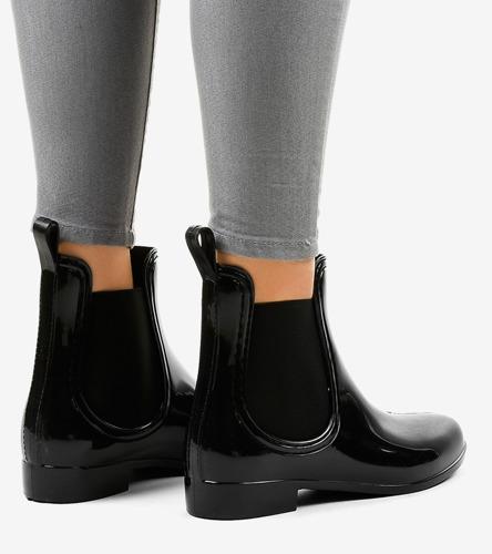 Czarne sportowe sneakersy Adria